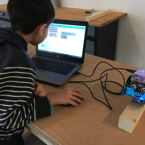 On programme le robot MakeBlock!
