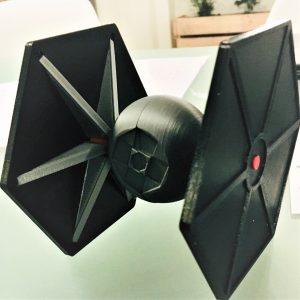 Un Tie-Fighter modélisé et réalisé avec une imprimante 3D