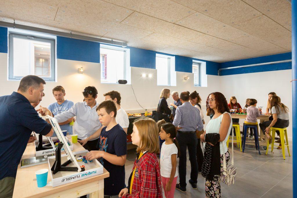 Ateliers numériques et technologiques pour jeunes